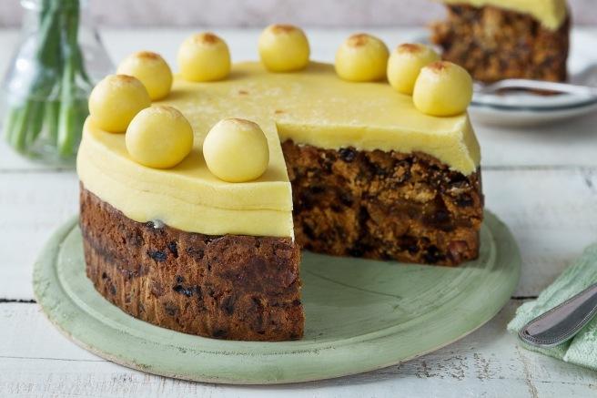 Easter-Simnel-Cake.jpg